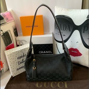 🌸 GUCCI BLACK GG FABRIC & LEATHER VINTAGE PURSE
